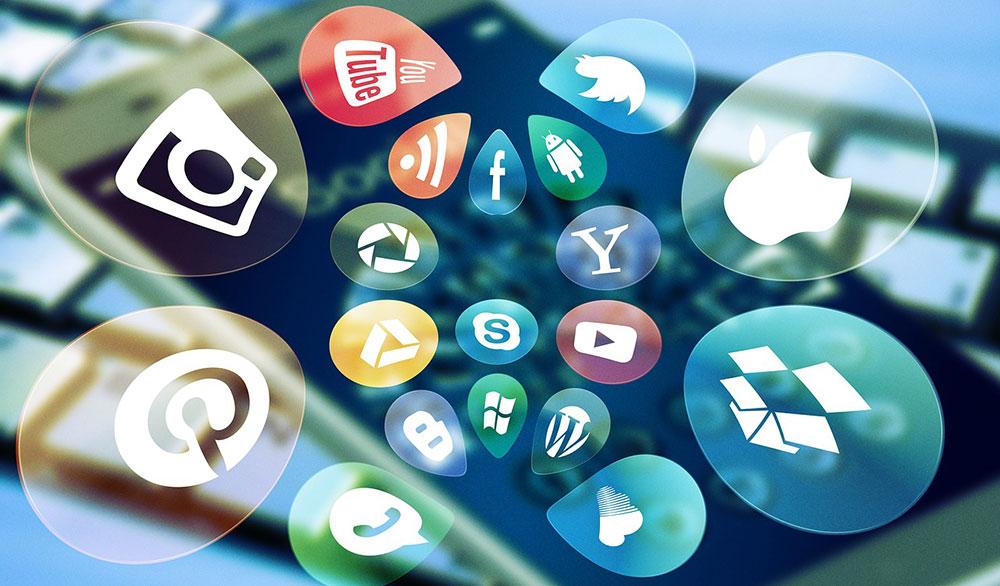 Advertising-via-social-messaging-apps